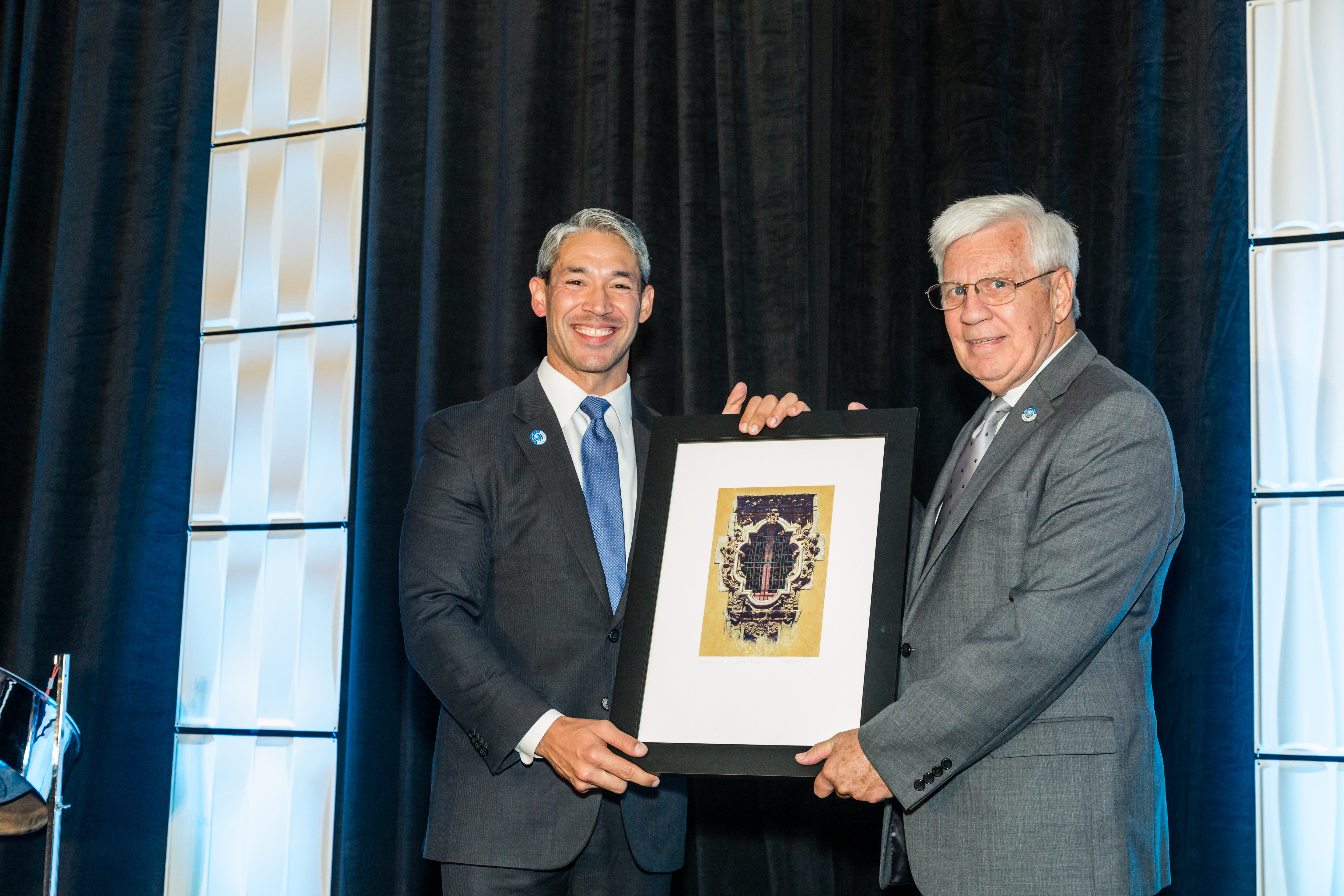 Ron Nirenberg Gives Special Gift to Tim Quigley for Service