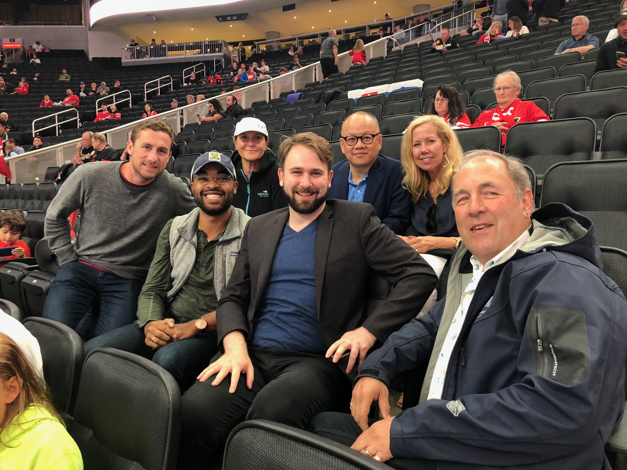 Sister Cities of Nashville delegates and Edmonton representatives at a hockey game