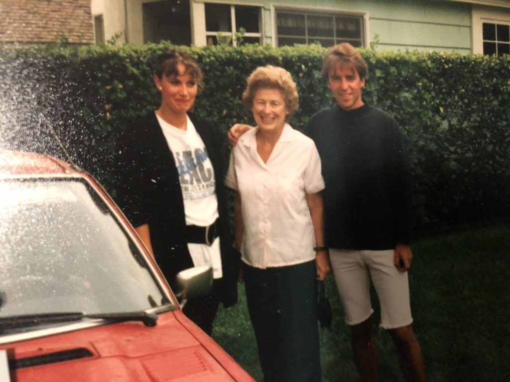 (Left to Right) Eva Lauth, Virginia Olwin (a Pasadena Sister Cities Committee member) and Stefan Willenbücher 1991