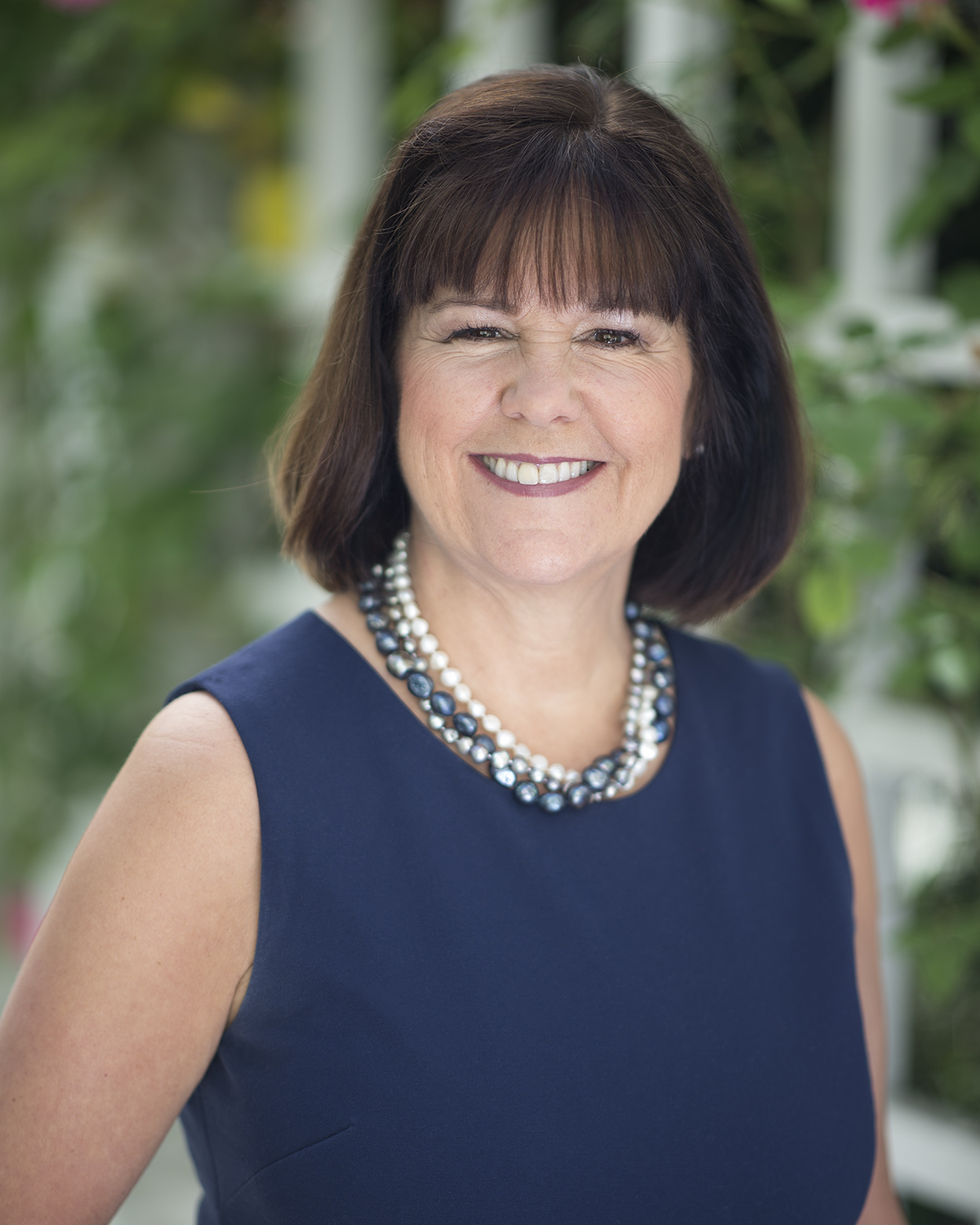 Official Portrait of the Second Lady of the United States, Mrs. Karen Pence. (Official White House Photo by Allaina Parton)
